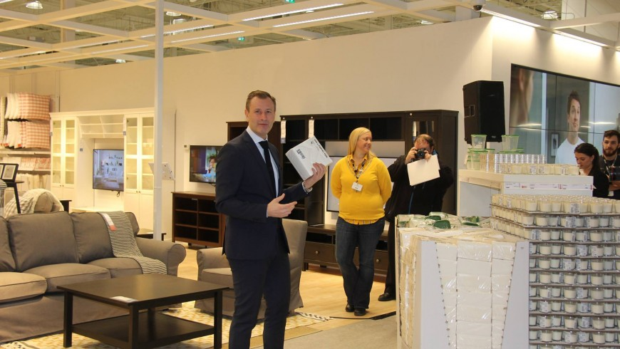 """Mayor Sendzik welcomes IKEA to """"Team St. Catharines"""" at official opening"""