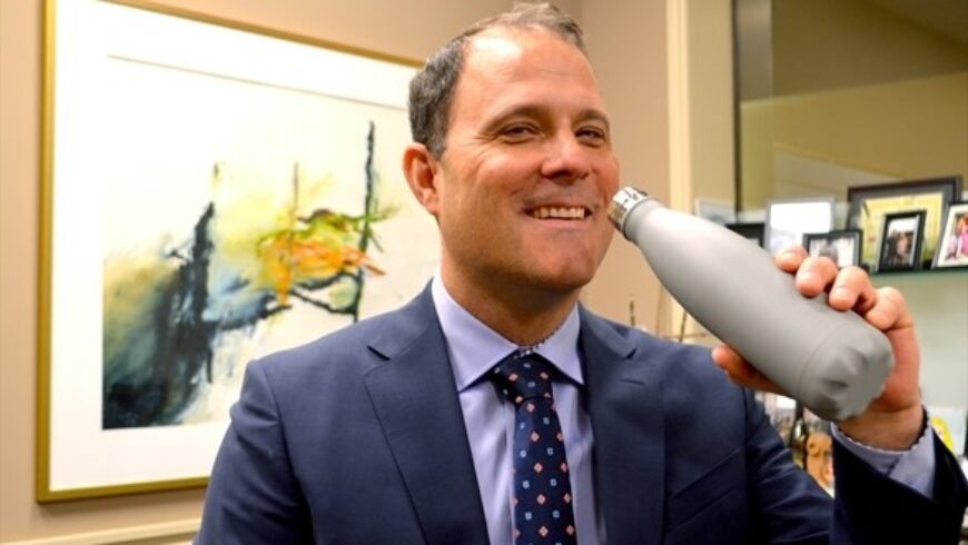 Sendzik revisits plastic water bottle ban in city facilities