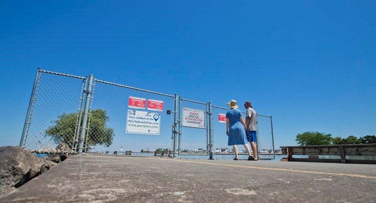 photo of Port Dalhousie piers, St. Catharines Standard